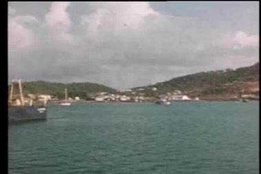 Vista de los buques en puerto — Vídeo de Stock