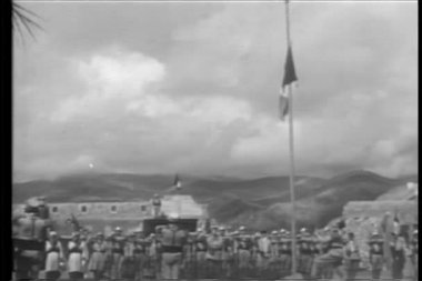 Foreign Legion lowering flag to commemorate the dead — Stock Video