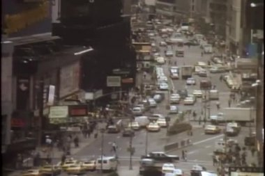 High angle view of busy New York City street — Stock Video