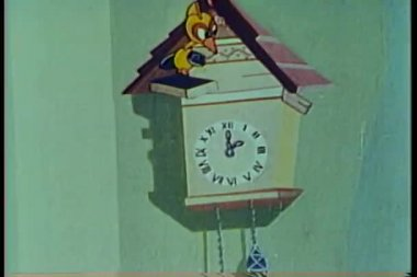 "Animation of cuckoo clock bird holding sign ""He Dood It"" — Stock Video"