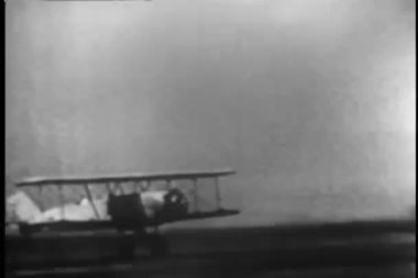 Biplane taking off — Stock video