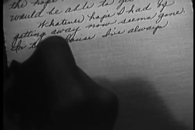 Woman writing a letter in script — Vídeo Stock