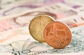 Mince a bankovky — Stock fotografie