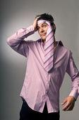 Adam baş ağrısı ile — Stok fotoğraf