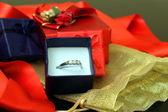 Ring in een doos — Stockfoto