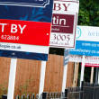 To let sign UK — Stock Photo