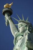 Close-up Portrait of Statue of Liberty Bright Blue Sky — Stock Photo