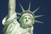 Statue of Liberty Close-Up Blue Sky Horizontal — Stock Photo