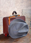 Doctor's bag and a hat with a pipe — Stock Photo