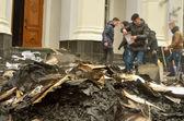 TERNOPOL, UKRAINE-FEB. 19. 2014 .Armed seizure of the police department. — Stock Photo