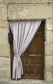 Dörr och gardin — Stockfoto