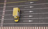 Vozidlo na silnici — Stock fotografie