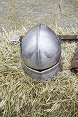 中世の鋼鉄ヘルメット — ストック写真