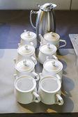чайник с чашками — Стоковое фото