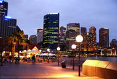 Evening city of Sidney, view from Opera, November 3, 2007 in Sydney, Australia. — Stock Photo
