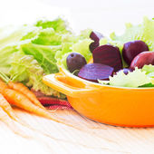 Organic Carrot and Beetroot Salad — Stock Photo