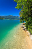 Beautiful turquoise water of Wolfgang lake — Stock Photo