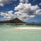 Island in ocean — Stock Photo