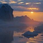 Sunset in Antarctica — Stock Photo #50775093