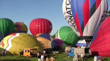 The XVI-th Velikie Luki International Balloon Meet — Stock Video