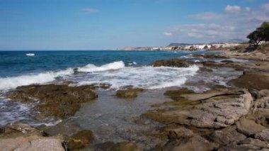 Resort city on the coast of the Mediterranean sea — Stock Video