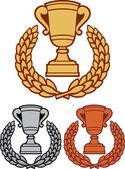 Coppa del trofeo oro, bronzo e argento con corona di alloro — Vettoriale Stock