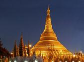 Shwedagon temple at night, Myanmar — Stock Photo
