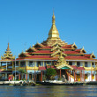Buddhist temple on a lake — Stock Photo