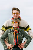 Retrato isolado jovem casal — Foto Stock