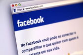 Portugese Facebook Sign-in Page used by Millions of Users Around the World — Stock Photo