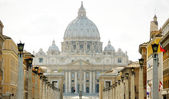 St. Peter's Square in Rome — Stock Photo