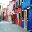 Colorful buildings in Burano island street, Venice — Stock Photo