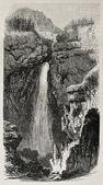 Avrieux vattenfall — Stockfoto
