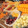 Shelf with fruits — Stockfoto