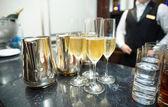 Bartheke mit champagner — Stockfoto