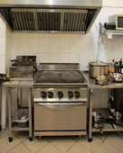 Typical kitchen of a restaurant — Stock Photo
