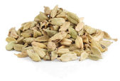 Cardamom isolated on white background — Stock Photo