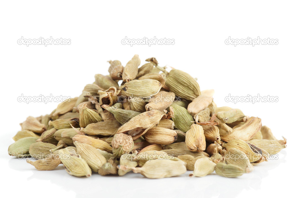 Cardamom heap isolated on white background  Stock Photo #14637983