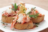 Crab meat with toast, sauce and  herbs — Stock Photo