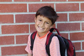 Elementära ålder skolpojke — Stockfoto