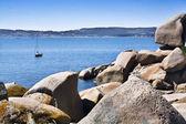 Sailing in front of Rua Island — Stockfoto