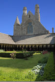 Garden in the abbey of Mont Saint Michel — Stock Photo