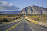 Alaska Highway in der Nähe von Haines junction — Stockfoto