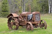 Starý traktor — Stock fotografie