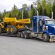 Heavy hauling — Stock Photo