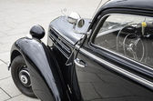 Eski mercedes 170 s-v eski model araba — Stok fotoğraf