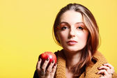Autumn woman red apple fresh girl glamour eye-lashes — Stock Photo