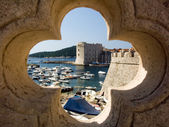 Dubrovnik, port, old fortress and the old town — Foto Stock