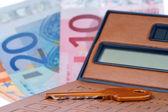 Rechner-schlüssel und euromoney-hinweis — Stockfoto