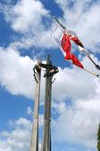 Gdansk, Danzig - symbol of solidarity, poland flag blue sky and clouds — Fotografia Stock
